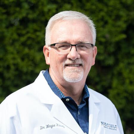 Headshot of Dr. Wayne Kinney